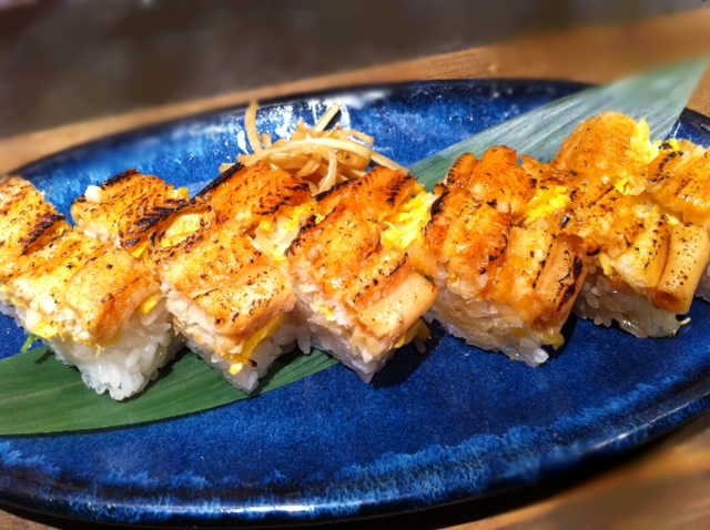 煮穴子の押し寿司